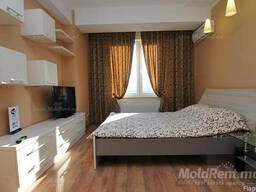 Apartament VIP in chirie pe zi -35 euro!!pe Stefan cel Mare!
