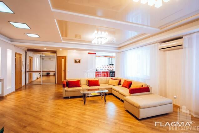Сдается 3-х квартира люкс в Центре посуточно!